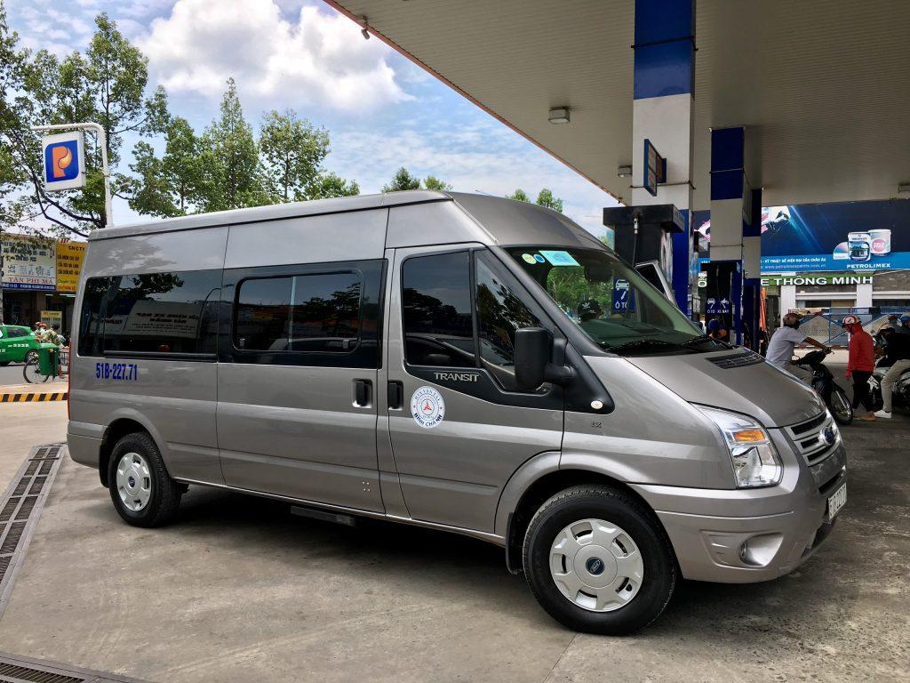 xe 16 cho Transit
